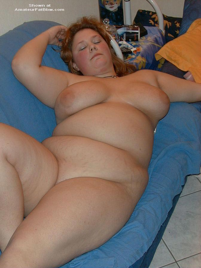 Chubby housewife nude pic did not