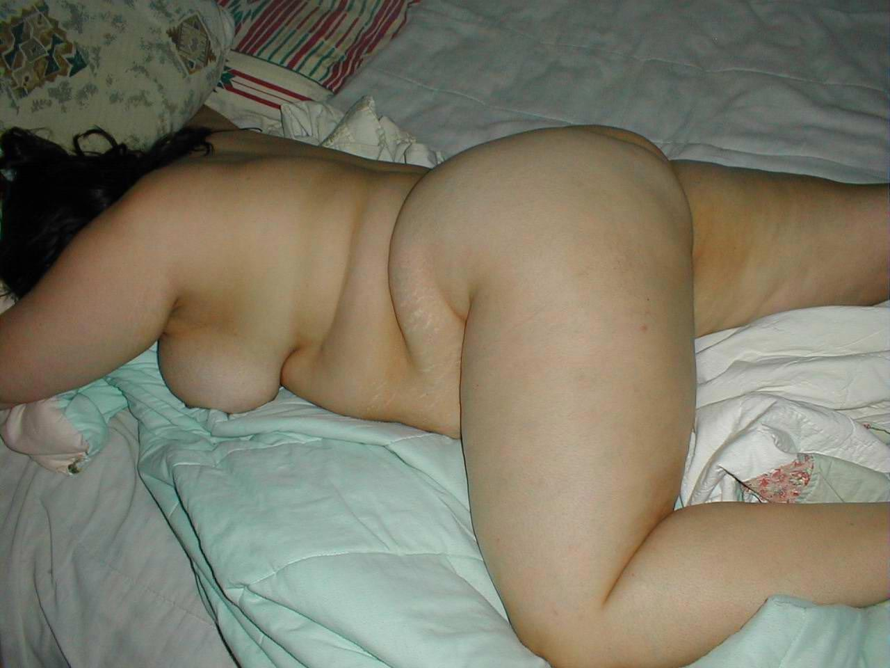 Good Chubby girlfriend sexting pics