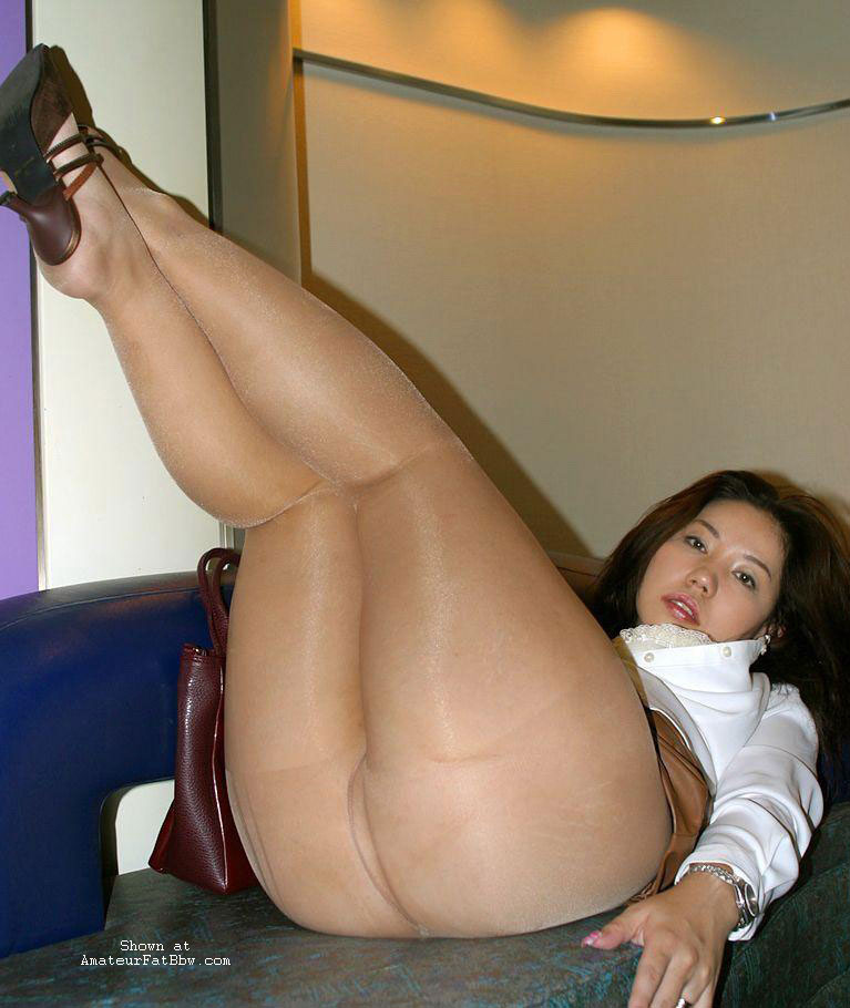 Free chubby girls pantyhose movies