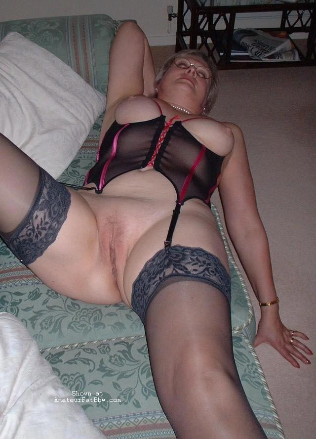 Very mature bra pantyhose think