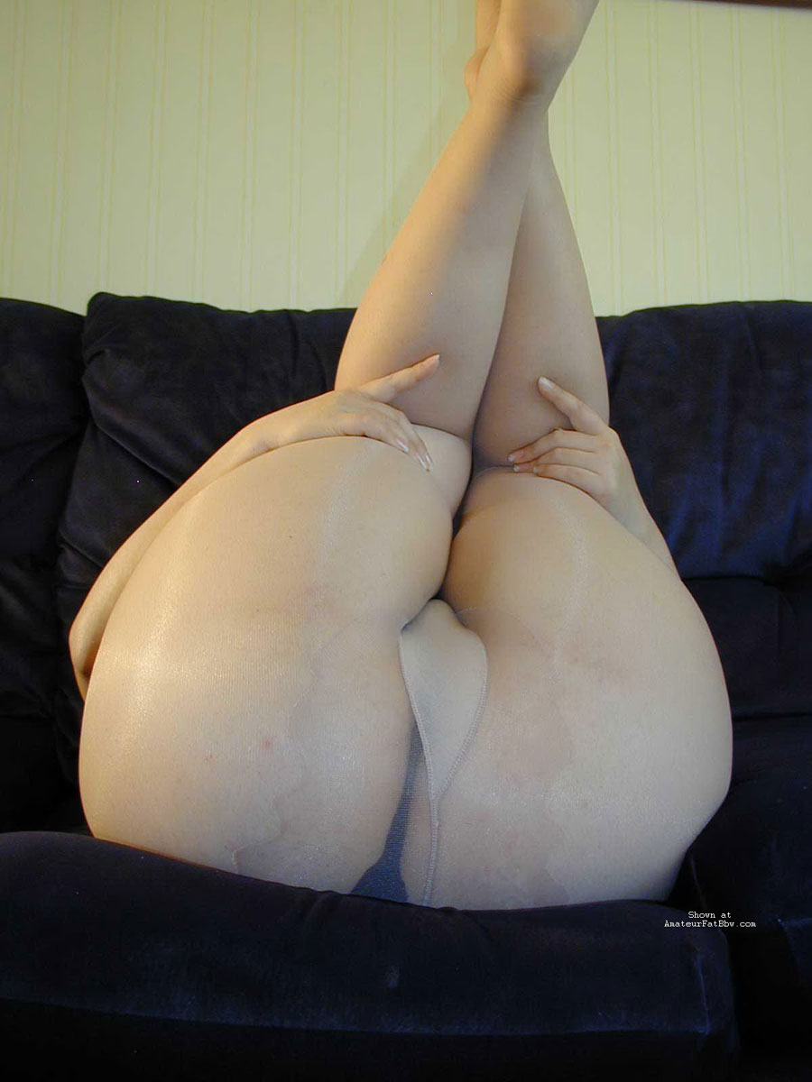 Chubby mature mom pantyhose