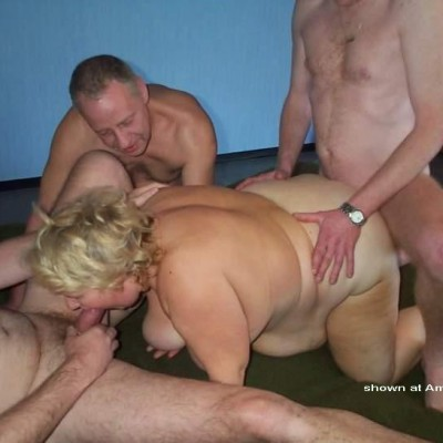 homemade chubby threesome
